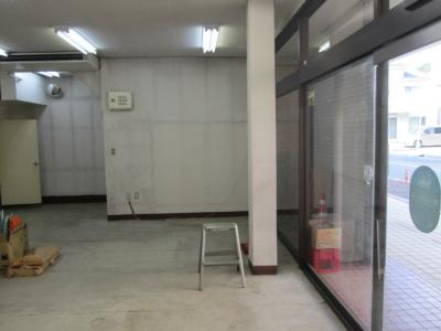 【玄関】あきもと商店ビル