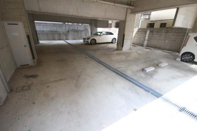 【駐車場】グランパラッツォ