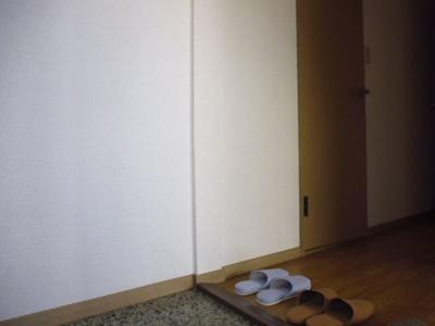 【玄関】ビアン連島D