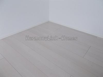 ハーモニーテラス大森東Ⅱのホワイトフローリング(同一仕様写真)
