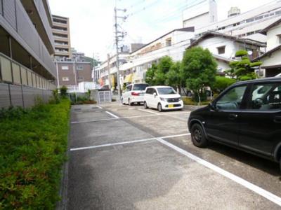 【駐車場】エクウス箕面
