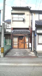 【外観】東新町貸家