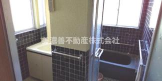 【浴室】53183 揖斐郡池田町段中古戸建て