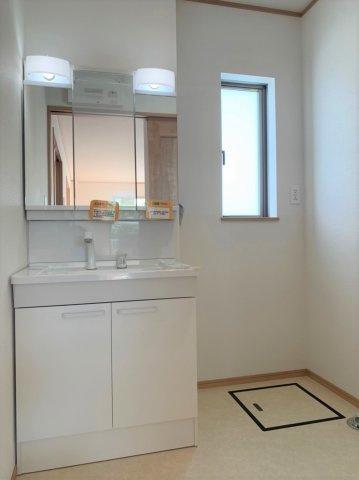 【独立洗面台】うるま市赤道 新築戸建て住宅