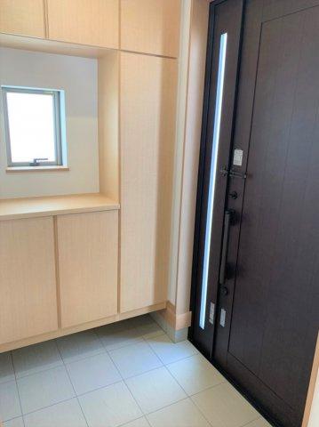 【玄関】うるま市赤道 新築戸建て住宅
