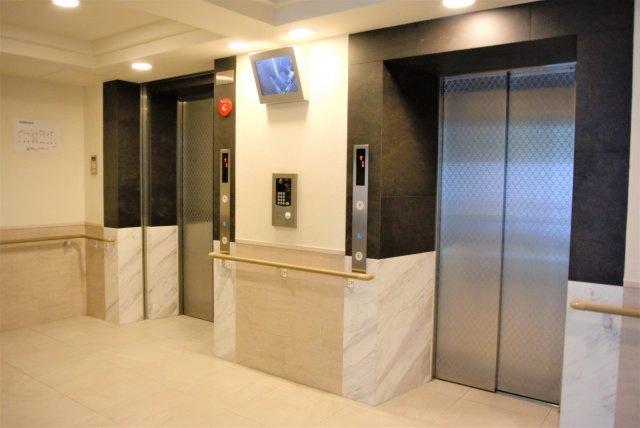 エレベーターは2基あります
