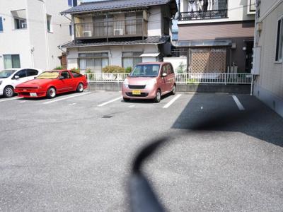 【駐車場】ジュネスコサコ