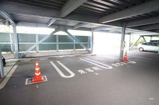 便利な来客用駐車場も完備です。