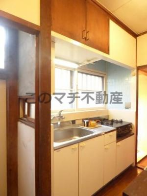 キッチンでお料理をお楽しみください(1階)