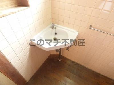 独立洗面台です(2階)