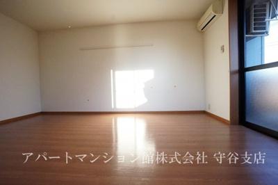 【内装】Three-Good1
