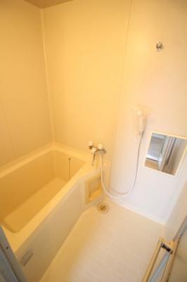 【浴室】メゾンマエダ