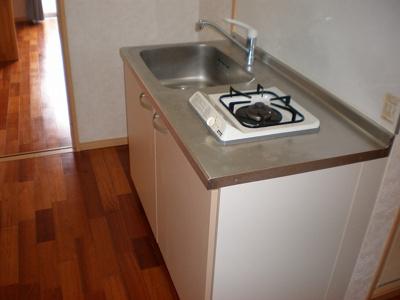 【キッチン】フラワーキャッスル前島