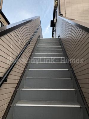 Cher Gardenの階段☆