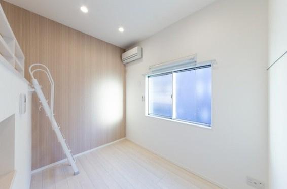 【寝室】KAHALE越谷(カハレコシガヤ)