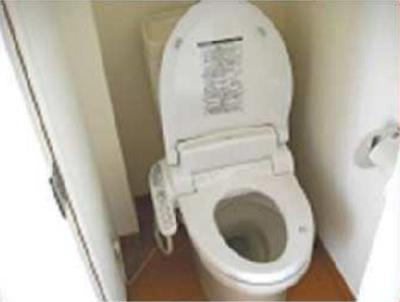 グレースラテールの清潔感のあるトイレです