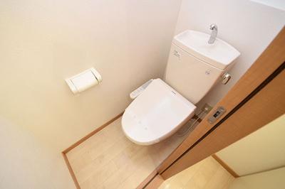 今や生活必需品です、温水洗浄便座