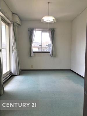 2階の続き洋室