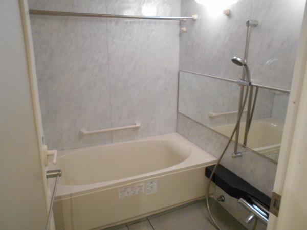 【浴室】【箕面市・中古マンション】ディナスティ千里中央アスティオ 船場西