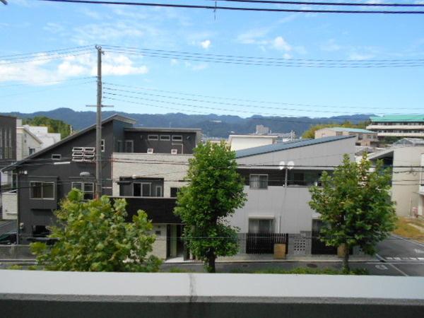 居室玄関前からの眺望です
