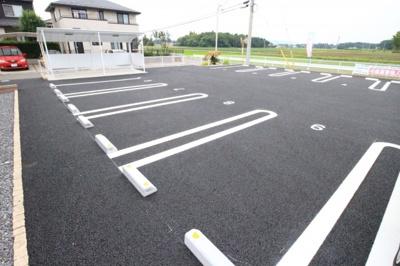 【駐車場】シュトラール