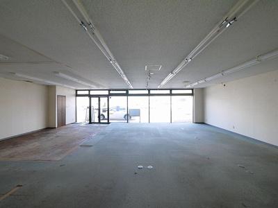 【ロビー】四条大路武田店舗