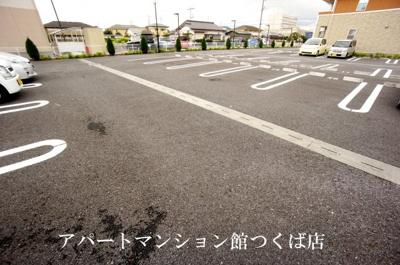 【駐車場】サンライズ・レジデンスI