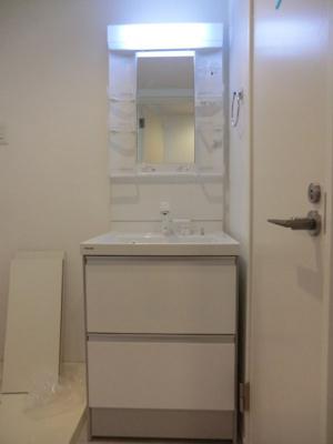 リヴィエールKの独立洗面台です