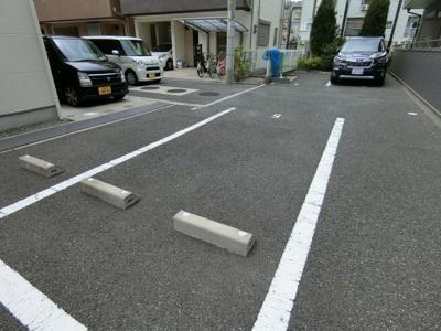 【駐車場】レフィナード