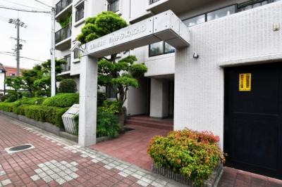 【エントランス】ドムール山坂町