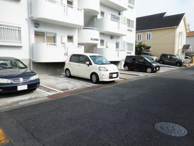 【駐車場】富美ケ丘マンション