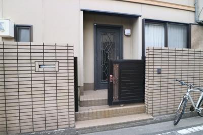 【エントランス】久宝寺2丁目戸建