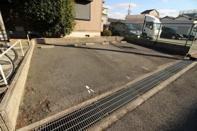 【駐車場】田辺ロイヤルハイツ