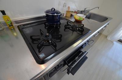 【キッチン】ファビュラス・ラフィーネ日本橋