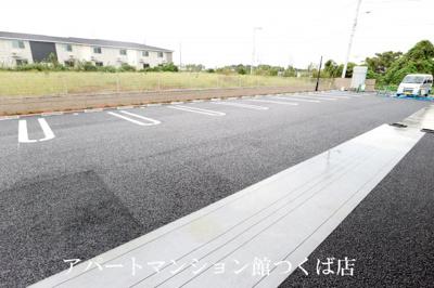 【駐車場】ヴェルドゥーラD