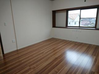 2階の洋室。眺望がいいです。
