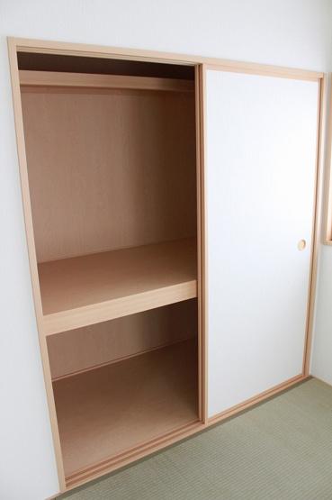 和室収納です!ご両親や友人のお布団などたくさん収納できます!