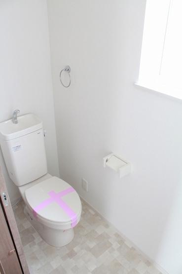 2階にもトイレ!わざわざ1階に降りなくても手間いらず!