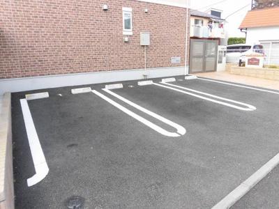 【駐車場】リノマハロ