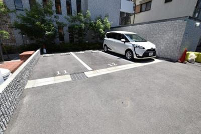 【駐車場】スプランディッド難波