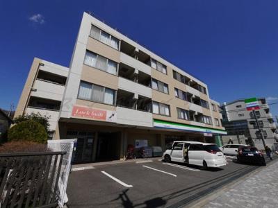 1階にはコンビニ有りの日当良好なオートロック賃貸マンション☆