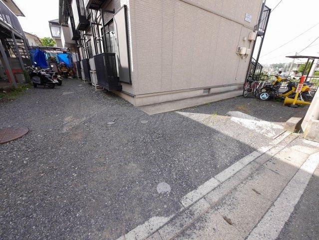 自転車はもちろんバイクの駐輪も相談可能です☆