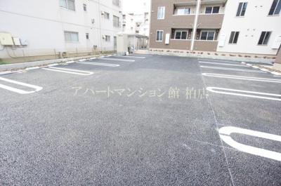 【駐車場】グリシーナⅠ