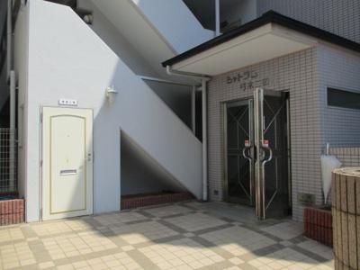 【エントランス】シャトラン弓木弐番館