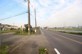 北側1.9m公道 西側6.2m公道 南側14.0m公道