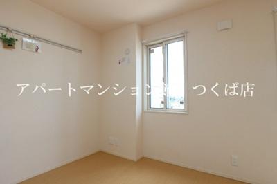 【洋室】アマポーラⅡ