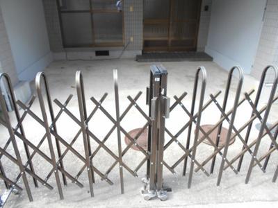 【駐車場】高知市中万々 中古戸建