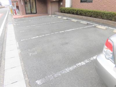 【駐車場】エムブレイスⅡ