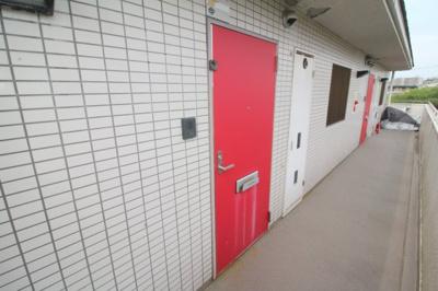 【玄関】コート・ドゥ・ゼフィーロ