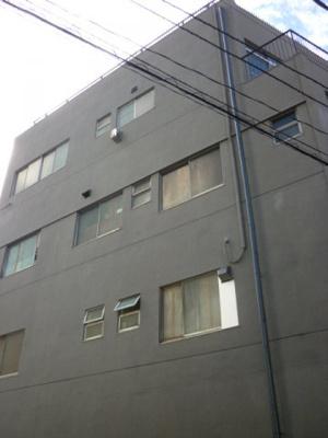 川崎駅徒歩圏内です。